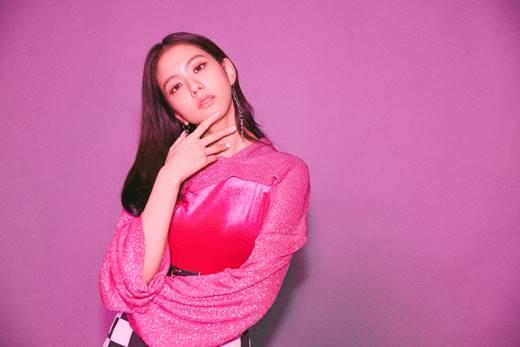 BLACKPINK ROSÉ&JISOO成为某化妆品品牌代言人