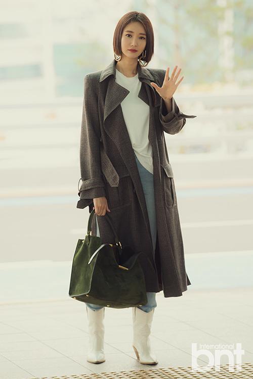高俊熙现身仁川机场 散发短髮女神魅力