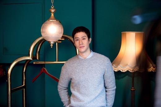 郑宇与现经纪公司FNC娱乐续约