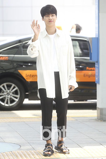 VIXX成员N(车学沇)前往日本参加生日巡回Fanmeeting