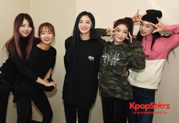 I.O.I五成员将合体MAMA 将与AKB48合作舞台
