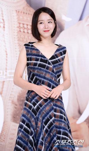 申惠善凭《我黄金光辉的人生》获12月份电视剧演员品牌价值1位