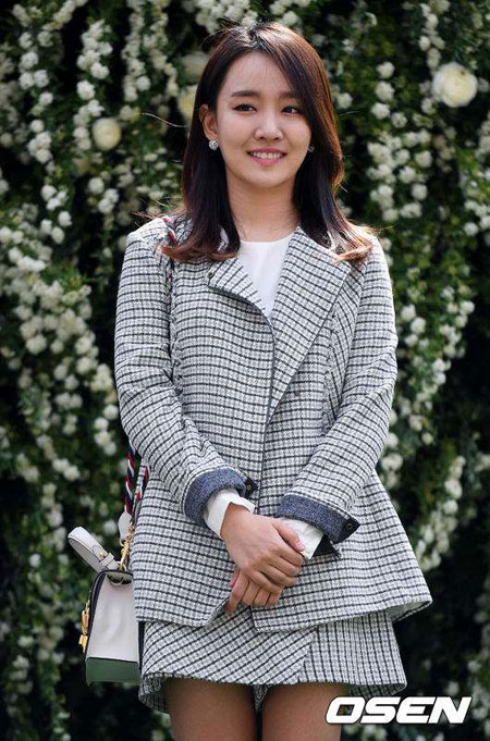 Younha(高润荷)将在本月发行全新正规专辑