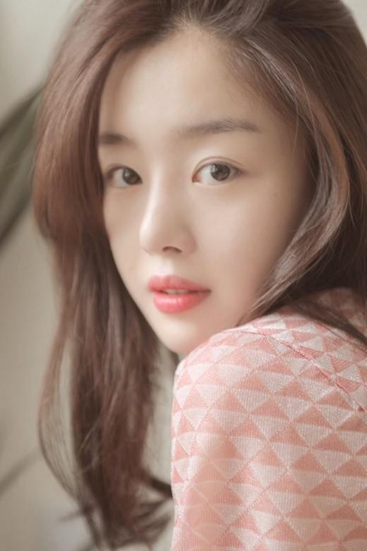 韩善花签约Keyeast娱乐 与朱智勋郑丽媛等成同门